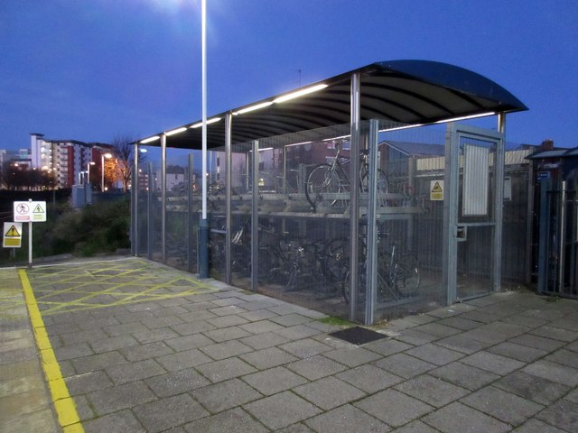 Bicycle storage Fratton Station platform 1