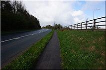 SE1220 : New Hey Road towards Ainley Top by Ian S