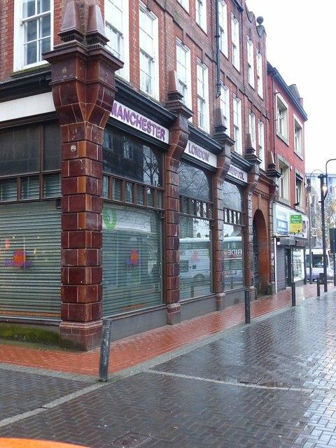 Central Road, Leeds, east side, frontages