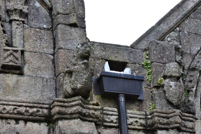 Launceston, St. Mary Magdalene's Church: Sculptures on the east end of the church 1