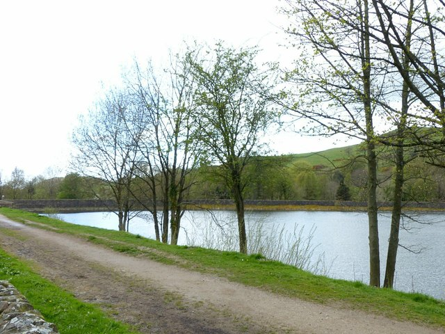 Bottoms Reservoir and Gritstone Trail, Langley