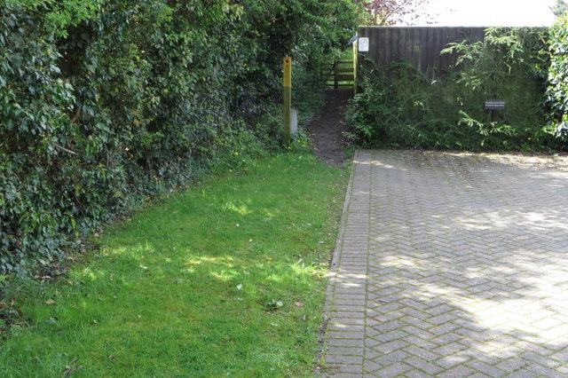Public footpath towards Park Farm