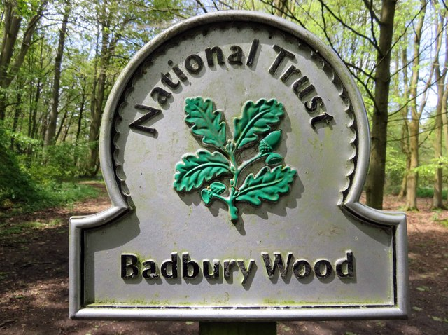 National Trust sign by Badbury Wood