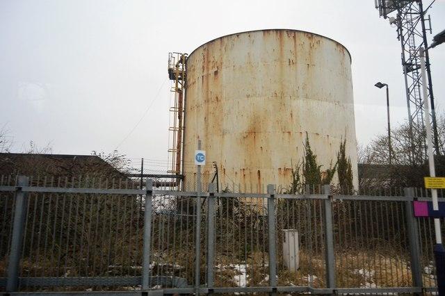 Rusty storage tank © N Chadwick :: Geograph Britain and Ireland