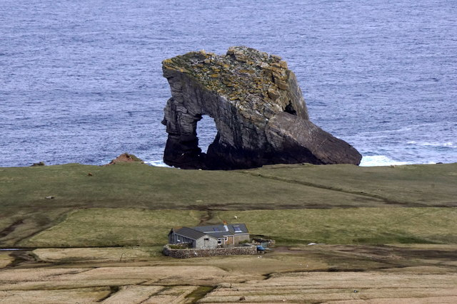 Ristie and Gaadie Stack, Foula