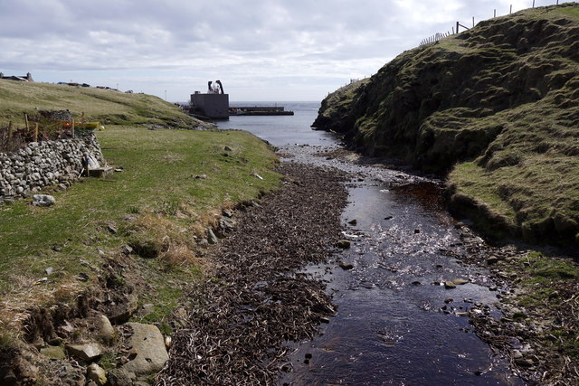 Burn of Ham flowing into Ham Voe, Foula