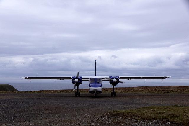 Britten Norman Islander, Foula airstrip