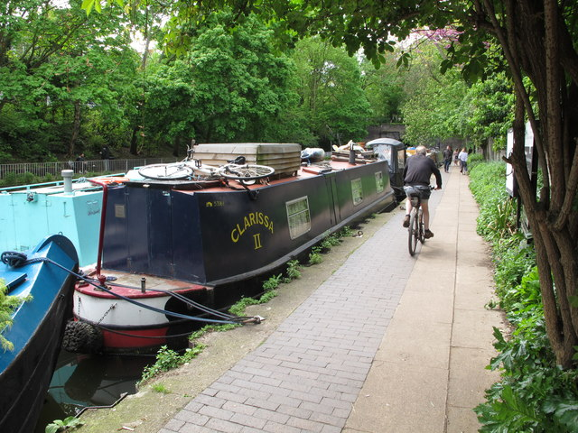"""Clarissa II"", narrowboat by towpath near Islington tunnel"