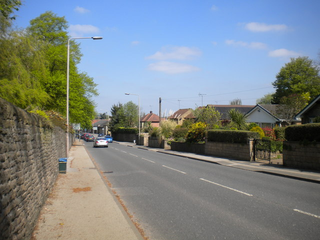 Church Hill, Mansfield Woodhouse by Richard Vince