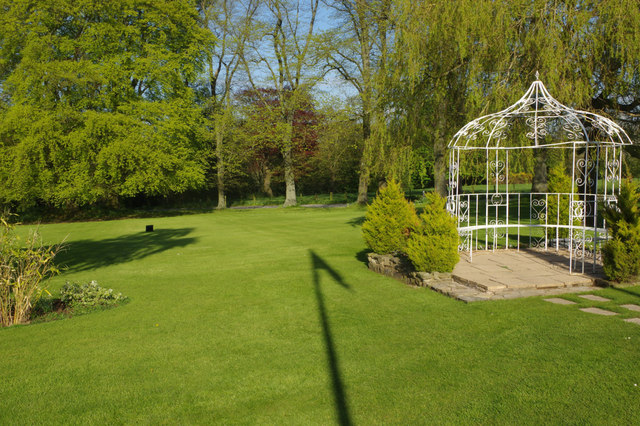 The garden - Northop Hall Country House Hotel