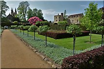 TQ5243 : Penshurst Place and St. John the Baptist's Church from the Jubilee Walk by Michael Garlick