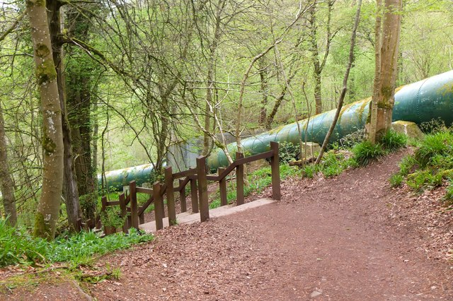 Pipes by the path to New Lanark