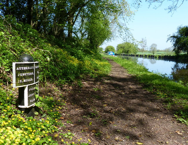 Shropshire Union Canal milepost at Chamberlain's Covert