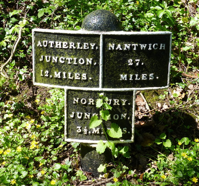 Shropshire Union Canal milepost at Chamberlain's Covert