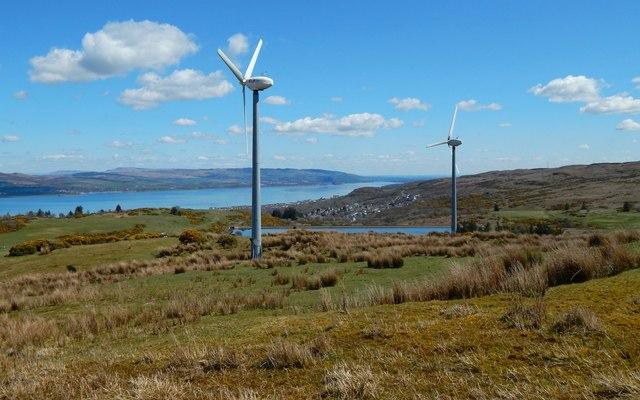 Wind turbines at Murdieston Farm