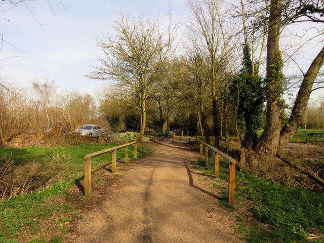 Footpath by Simpson Bridge