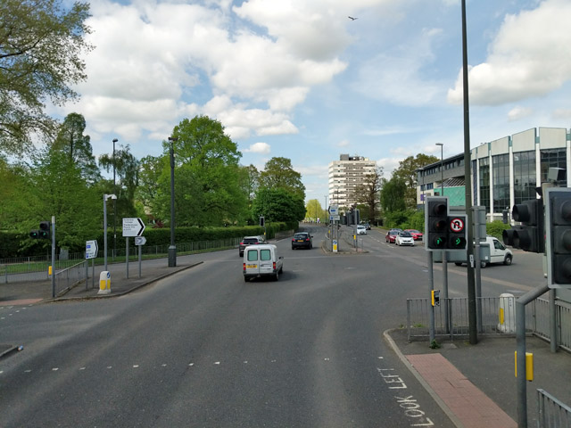 Southgate Avenue / College Road - Haslett Avenue E junction, Crawley