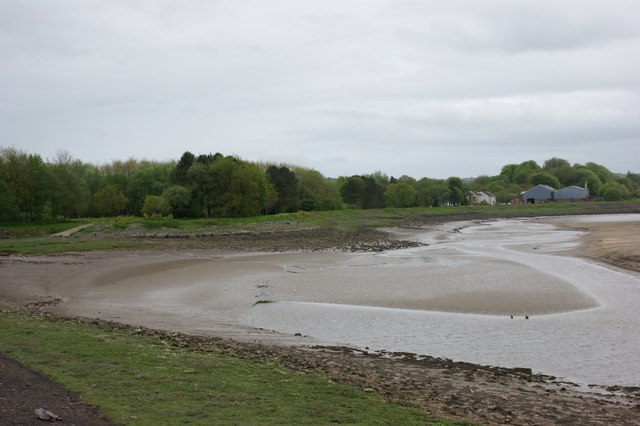 Loughor foreshore adjacent to Glanymor Park