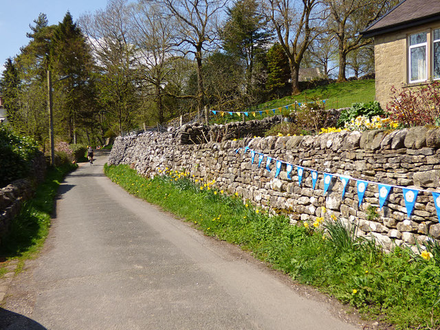 Bunting in Kettlewell for the Tour