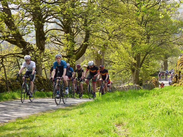 Tour de Yorkshire - spectator cyclists
