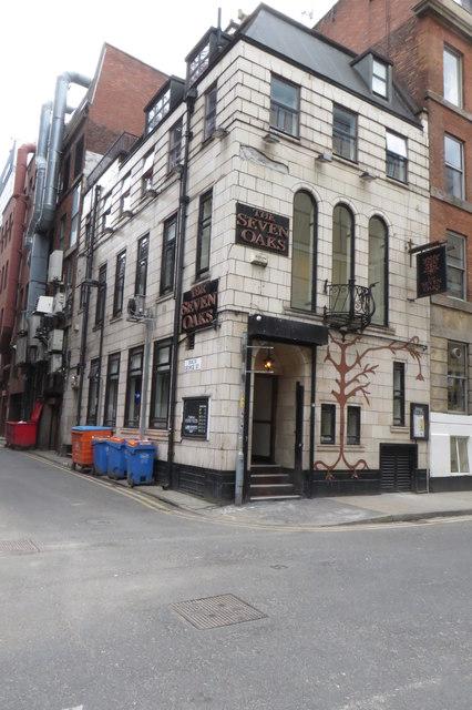 The Seven Oaks Pub