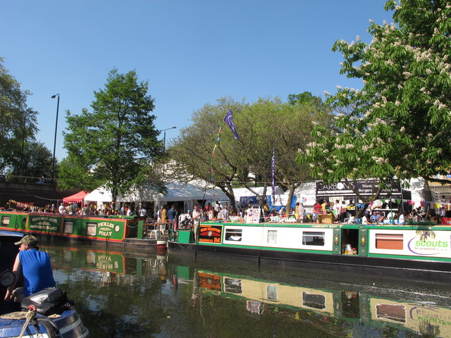 Ben Gorton and Pickles Folly narrowboats, Little Venice Canalway Cavalcade