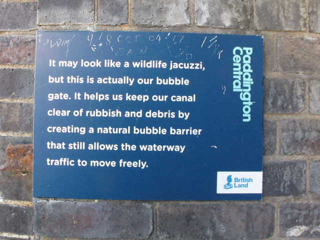 Sign for canal bubble gate, Paddington Basin