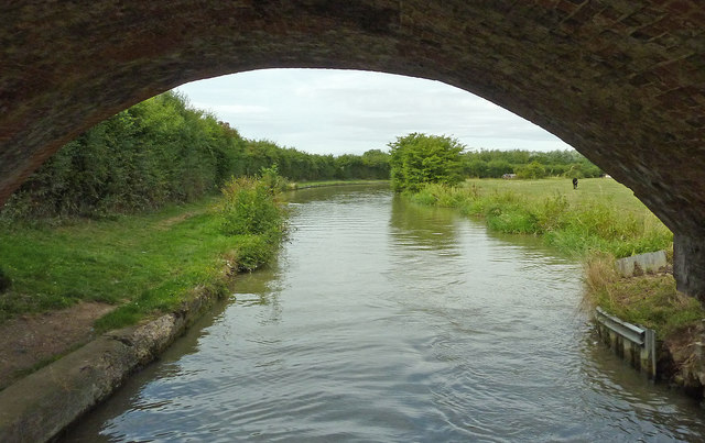 Oxford Canal near Barby in Northamptonshire