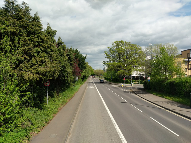 Haslett Avenue East, Crawley
