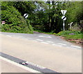 SO1730 : Minor road junction near Pengenffordd, Powys by Jaggery
