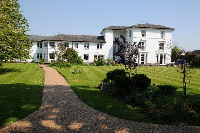 Albion Lodge