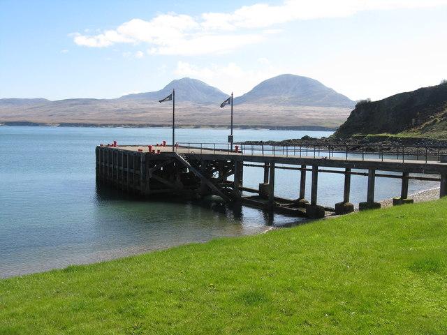 The pier at Bunnahabhain