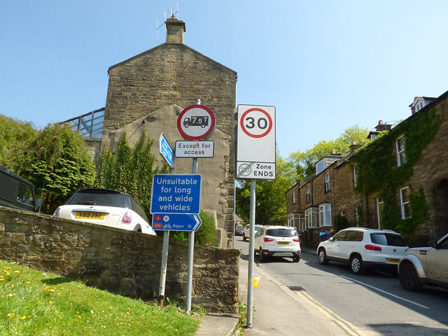 Signs at the bottom of Old Church Lane