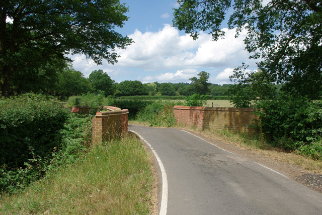 Bridge on Tilehurst Lane
