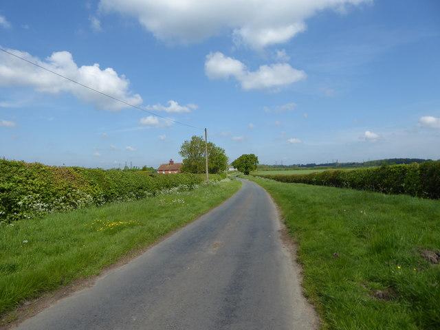 Minor road from Somerford Keynes to Ewen