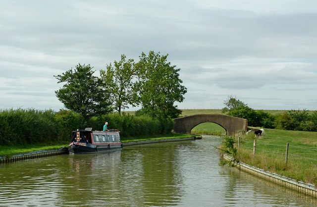 Oxford Canal north-east of Willoughby in Warwickshire