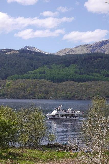 Tour boat, Loch Lomond