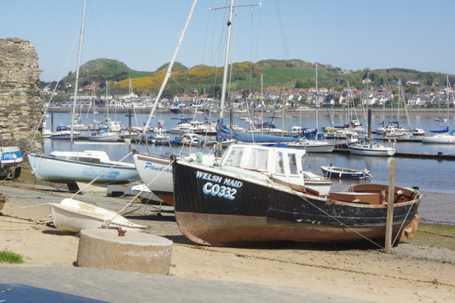 'Welsh Maid' at Conwy