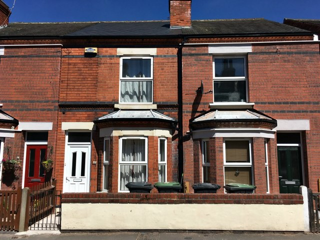 Three houses on Derby Street