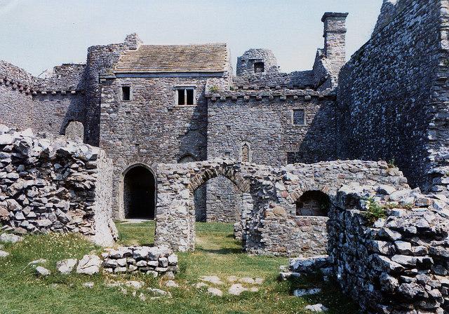 Weobley Castle interior