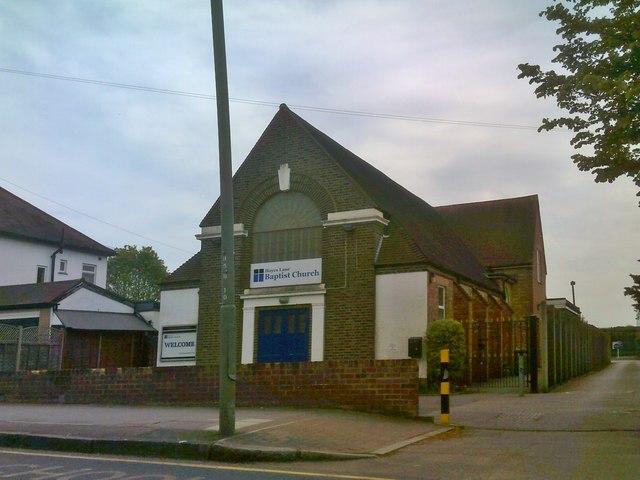 ceb42f01d589 Baptist Church © Gordon Griffiths cc-by-sa 2.0    Geograph Britain ...