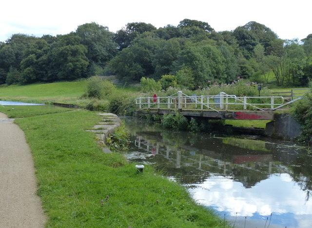 Calverley Lodge Swing Bridge No 215