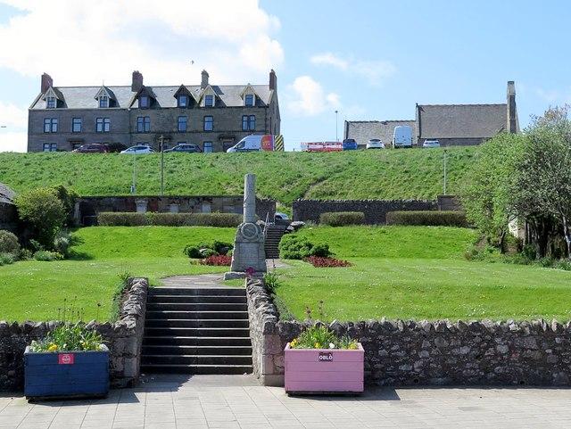 Memorial & burial ground, High Street, Eyemouth