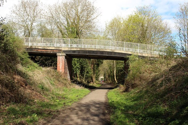 Cycle path, Wylam