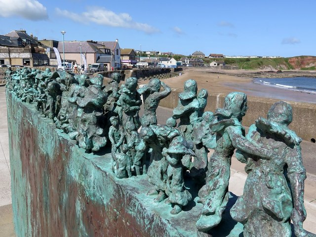 'Widow & Bairns' sculpture, Eyemouth