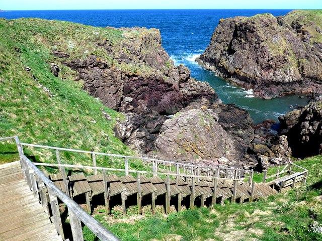 Steps to Weasel Loch