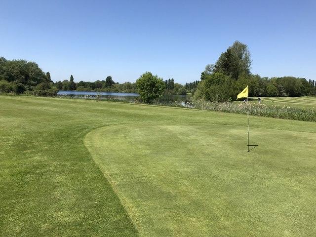 c30a2e0f94d6c Orton Meadows Golf Course, Peterborough... © Richard Humphrey cc-by ...