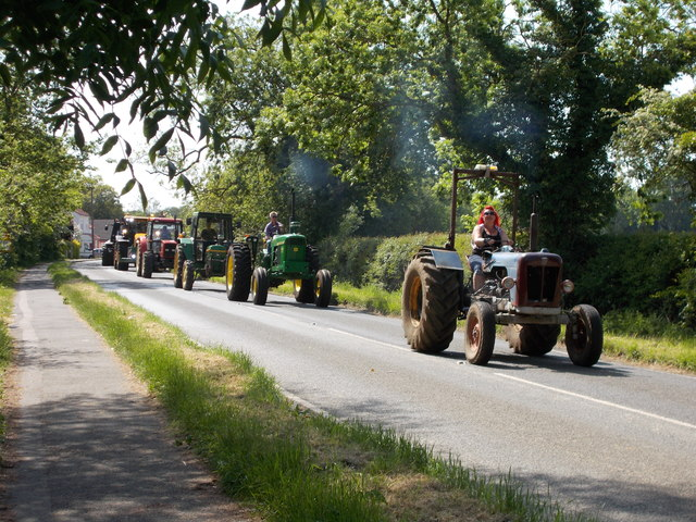 Tractor road run for charity, Glinton