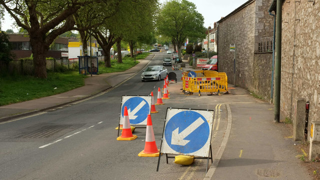 Roadworks, Barton Hill Road, Torquay