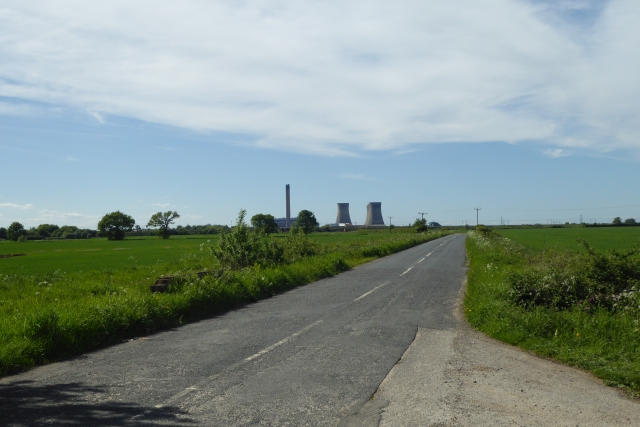 Gowdall Road in the direction of the Power Station